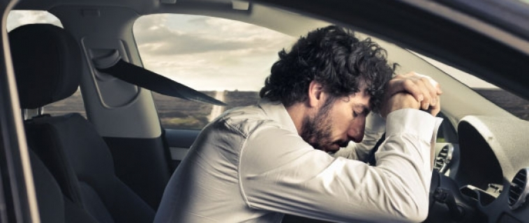 Soffri di apnee notturne? Niente più patente di guida