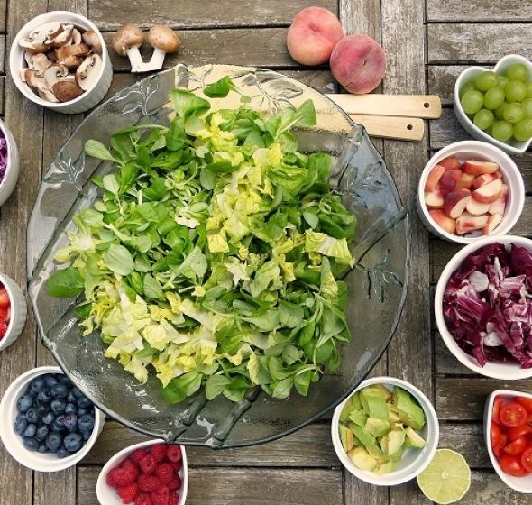 frutta e verdura cosa mangiare dopo intervento clinica del sorriso dentista thiene