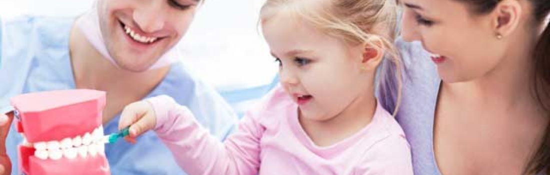 Consigli per i genitori: la prima volta dal dentista.