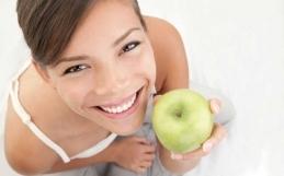 La dieta giusta per avere denti perfetti