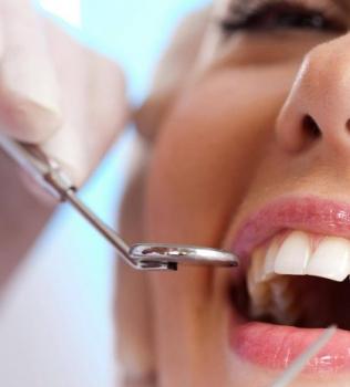 Igiene dentale professionale: istruzioni per l'uso